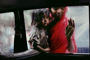 McCurry_BombabyGirl1996_72_1